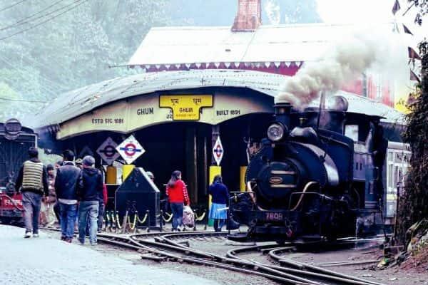 Best Darjeeling Toy Train Ride – Ticket Fare, Toy Train Route