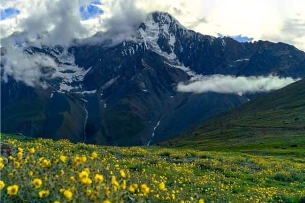 Kunjum Pass, Sipti valley, best tourist places in Himachal Pradesh