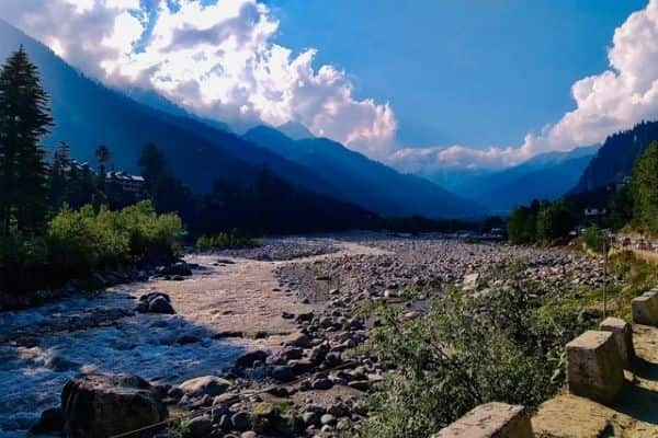 River at Manali, tourist places in Himachal Pradesh