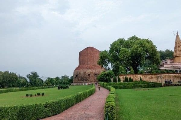 Sarnath Temple : Varanasi local sightseeing