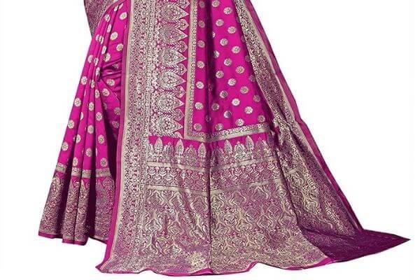 Banarasi Silk Saree - Famous things to buy in Varanasi